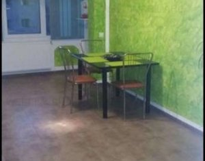 Sale apartment 2 rooms in Floresti