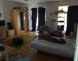 Apartament de vanzare, 1 camera, 45 mp, etaj intermediar, Plopilor