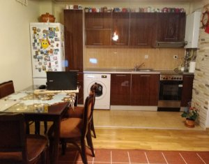 Sale apartment 3 rooms in Cluj-napoca, zone Baciu