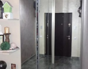 Apartament 3 camere, 65 mp